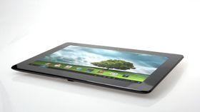 Asus PadFone 2 er et lekkert 10,1-tommers nettbrett som ikke veier mer enn en iPad –selv om den også inneholder en telefon.
