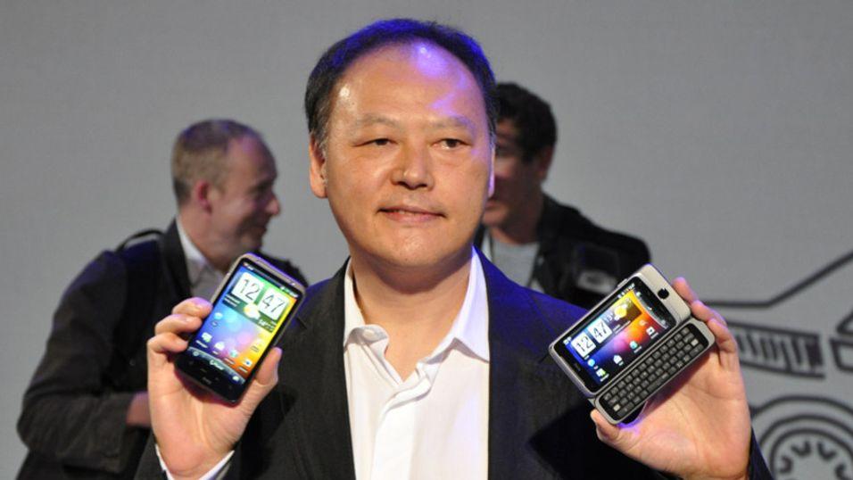 Peter Chou i HTC ser seg om etter nye inntjeningsmuligheter. (Arkivbilde)