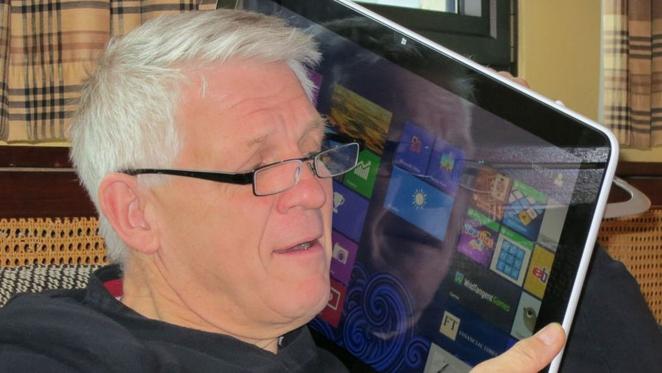 Odd Richard Valmot fra Teknisk Ukeblad tester ut Sonys 20-tommers Windows 8-nettbrett. Men det er kanskje ikke for alle?