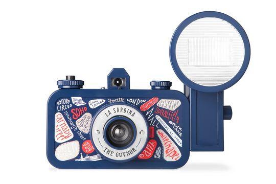 """Lomo La Sardina & Flash """"The Guvnor"""" Edition er bare ett av mange forskjellige Lomo-kameraer man kan kjøpe i dag."""