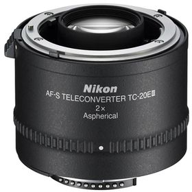 Nikon AF-S teleconverter 2X.