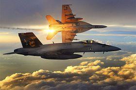 OVER AFGHANISTAN: Til sammenlikning er vingespennet på F/A-18 Super Hornet rundt 13,5 meter mot X-47Bs rundt snaut 19 meter. Horneten er imidlertid godt over seks meter lengre.