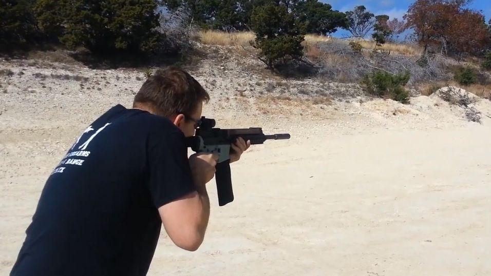 Her er det rett før våpenet avslører sin holdbarhet.