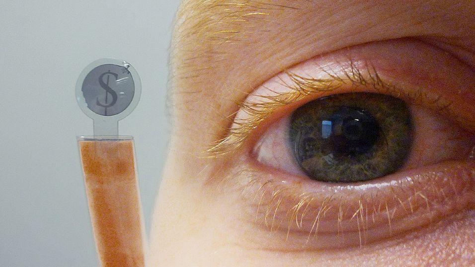 En skjerm på øyet kan gi mange muligheter i framtiden.