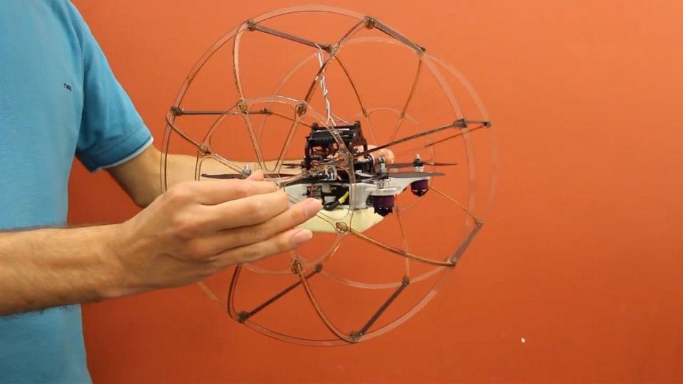 HyTAQ ruller og flyr når det er mest hensiktsmessig for å spare energi.
