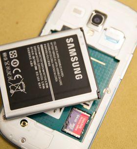 Galaxy S III Mini kommer med 8 GB innebygget minne, og i underkant av 5 GB du kan bruke. Heldigvis fungerer den helt fint med store minnekort som kan kjøpes utenom.