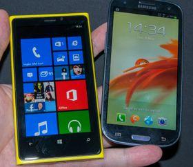 To telefoner som støtter 4G: Nokia Lumia 920 og Samsung Galaxy S III 4G.