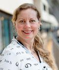 Berit Svendsen er sjef for Telenor Norge. De varsler rettssak dersom boten blir stående.
