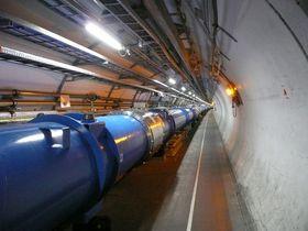 EKSTREME ENERGINIVÅ: I denne partikkelakselleratoren frigjøres det enorme mengder energi i køpet av ufattelig kort tid. Enkelte forskere er redd det vil skape svarte hull som vil sluke jorden.