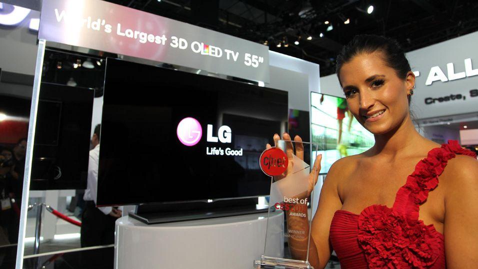 LG viste stolt fram en 55 tommers OLED-TV på CES 2012 i januar. Nå ser det ut til at både de og Samsung retter blikket mot en annen trend.