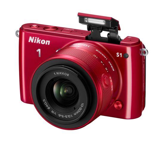 Nikon 1 S1 kommer også i rødt.