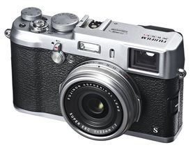 Kanskje optikken i Fujifilm FinePix X100S blir produsert utenfor Manila?