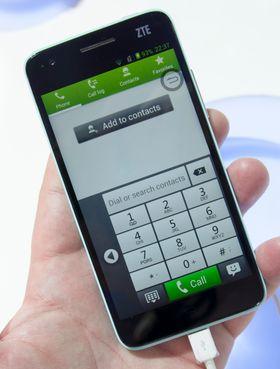 ZTE har laget sin egen variant på det meste her. Ringemenyen er tilpasset bruk med én hånd, på samme måte som vi tidligere har sett i Samsung Galaxy Note og Galaxy Note II.
