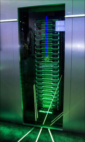 Serveren de hadde stående strømmet videosignaler ut til alle enhetene de hadde på standen.