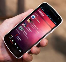 People-appen gir deg oversikt over hva kontaktene dine har gjort på sosiale nettverk.