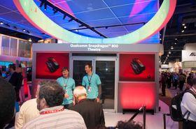 Snapdragon 800 kan vise video i 4K, noe som ble demonstrert på en av Sonys nye 4K-TV-er i en spesialbygget kinosal.