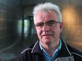 EKSPERT #2: Professor Bjørn Gitle Hauge ved Høgskolen i Østfold forsker fremdeles på de mystiske lysene i Hessdalen.