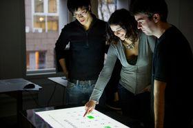 Studenter ved Anvendt datateknologi.