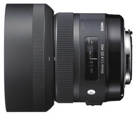 Sigmas nye 30 mm f/1.4 DC HSM. .