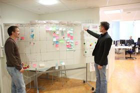 Tavlen viser status på løpende utviklings- og vedlikeholdsoppgaver og understøtter Kanban-metodene.