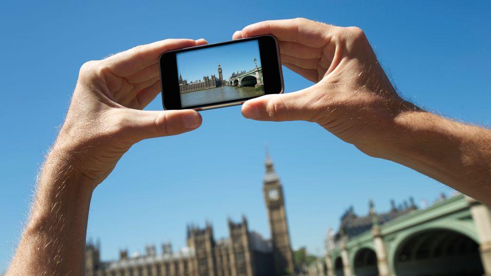 – Vil overføre tilsvarende 30 billioner bilder via mobilnettet