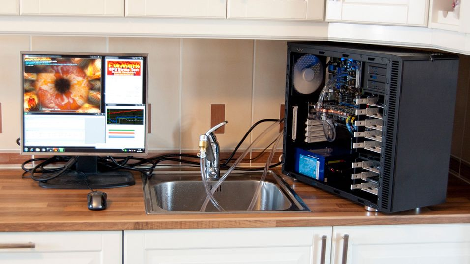 Vann og elektronikk går ikke alltid så bra sammen. Det vil ASRock gjøre noe med.