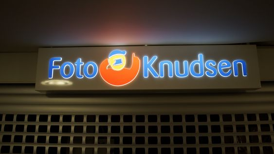 Slik så FotoKnudsens butikk på Storosenteret ut samme dag som konkursen ble kjent.