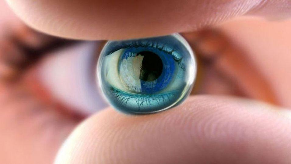 Argus II erstatter lysfølsomme celler hos blinde og sender grunnleggende synsinformasjon til hjernen.