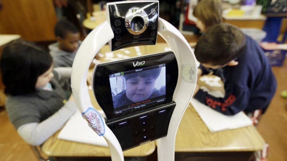 Denne andreklassingen er hindret fra å være fysisk tilstede på skolen, men er likevel på plass takket være en robot.