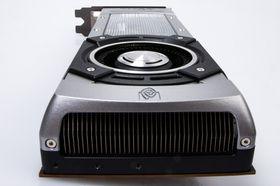 Nylanserte Nvidia Titan har en heftig medfølgende kjøler.