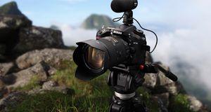 Nikon lanserer D7100