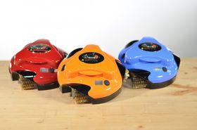 Grillbot kommer i ulike farger.