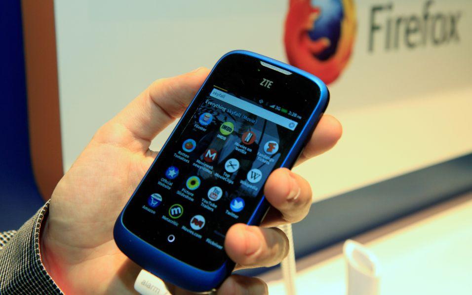 ZTE Open er en liten og nett telefon.