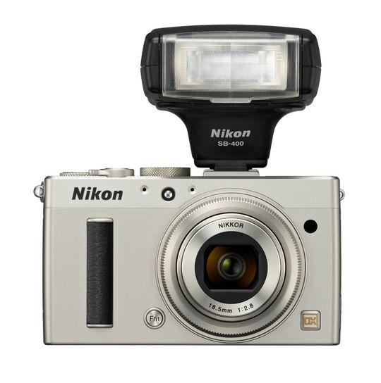 Nikon Coolpix A med blits.