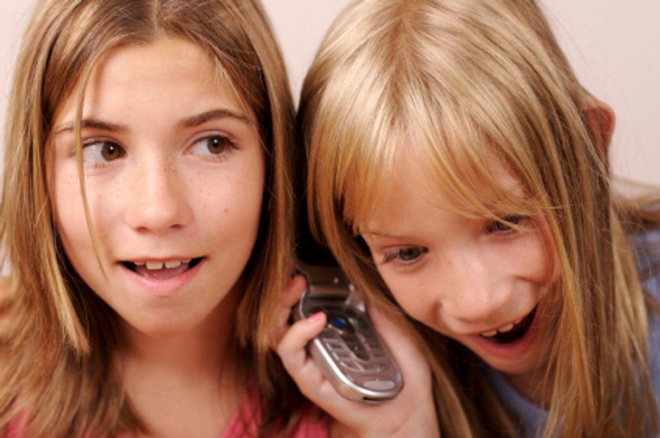 Ni av ti 10-åringer har mobil