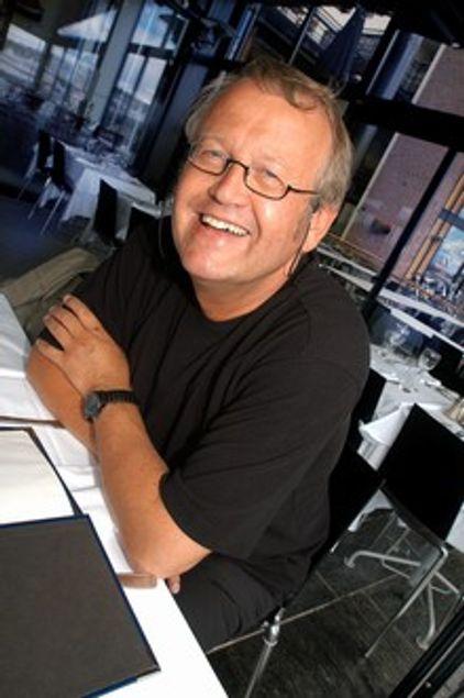 - NRK blir hjelpemann på Telenors bil