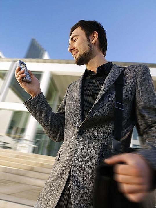 Mobil epost og MMS på topp