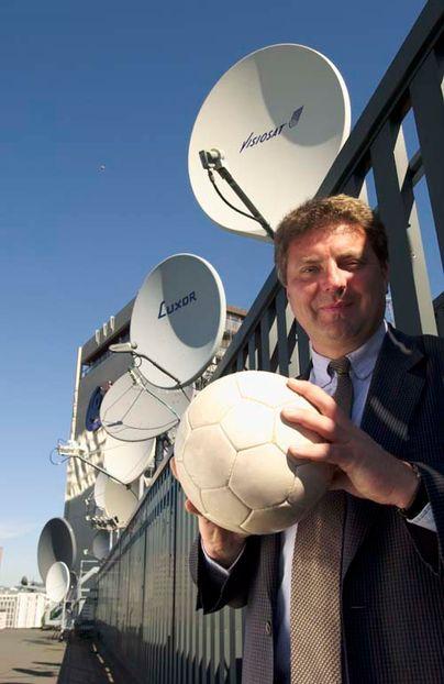 Telenor tjener på fotball