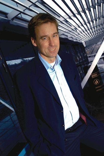 August Baumann, som er både administrerende direktør i Netcom og styreleder i Chess, leverer stabile tall på vegne av seg og sine moibilkolleger i Norge.