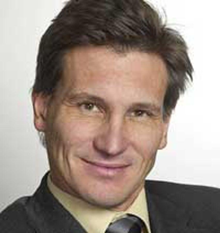 Bjørn Erik Thon i Datatilsynet vil ha debatt om vår lettvinte omgang med personnummer.