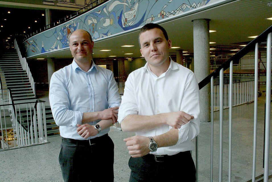 Daglig leder Kenneth Fredriksen i ZTE Norge har inngått avtale om å levere USB-modemer til Telenor Group, men det blir opp til de nasjonale Telenor-organisasjonene om de velger ZTE eller konkurrenten Huaweis modemer.
