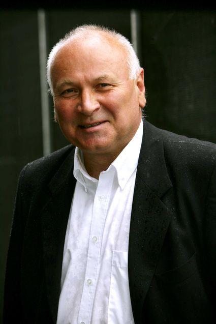 Svein R. Aarvik i NTV er overrasket over at regjeringen ikke ventet på EU.