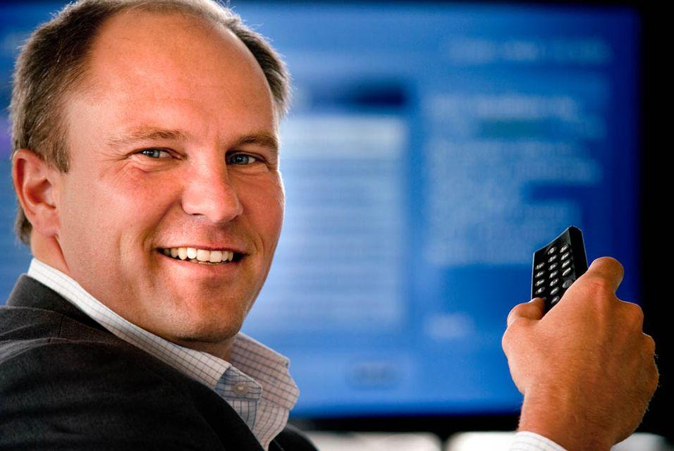 Rikstv-sjef Espen Thorsby mener selskapet må jobbe med å gjøre produktene mer fristende for kundene.