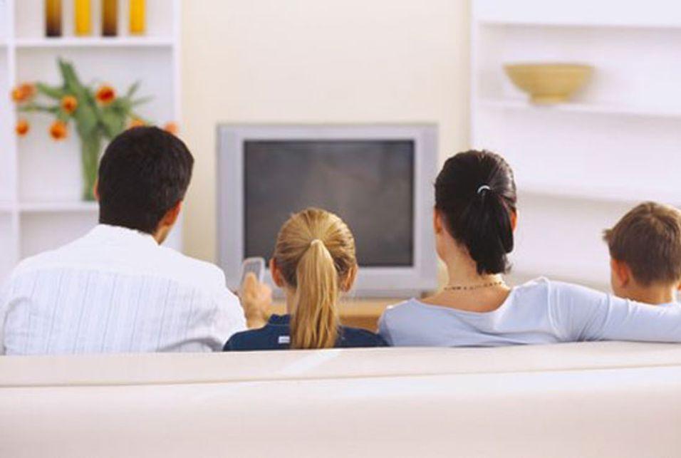 Den tradisjonelle TV-tittingen slåss om oppmerksomheten med andre plattformer og kommunikasjonskanaler. Det vil få betydning for pengestrømmen, mener Richard Kastelein.