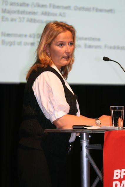 Lise Skarpås, her fotografert under Bredbåndsdagene på Gardermoen i fjor høst, har ingen prinsipielle innvendinger mot forslaget.