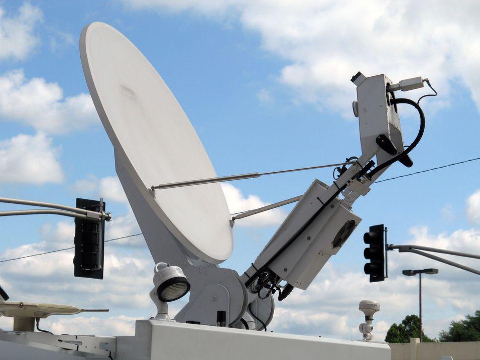 Vil inkludere satelitt i 2012