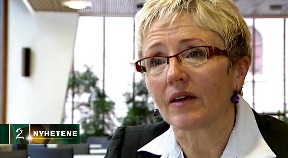 Som samferdselsminister hadde Liv Signe Navarsete ingen penger til bredbåndsbygging. Som kommunal- og regionalminister har hun kanskje litt, men ingen vet sikkert hvor mye.