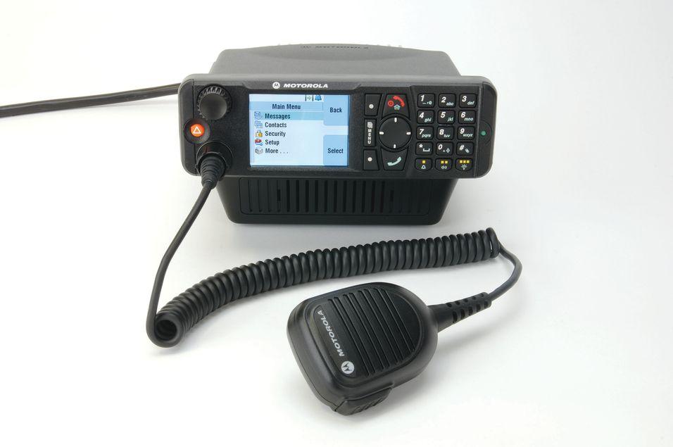 Motorola MTM 5400 er i følge fabrikanten verdens første TETRA radiostasjon som støtter TEDS.