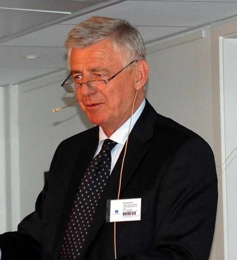 Direktør Jørgen Abild Andersen i IT- og telestyrelsen mener revisjonen av EU ekompakken er udramatisk fore operatørene.