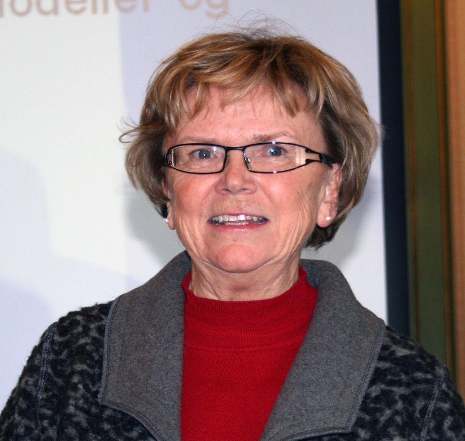 Samferdselsminister Magnhild Meltveit Kleppa lover å styrke robustheten i mobilnettet.